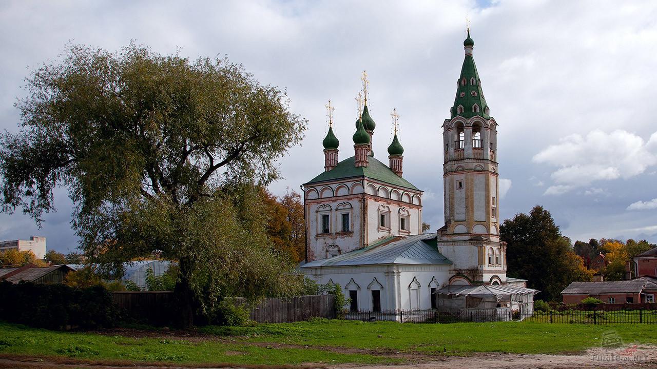 Храм Троицы Живоначальной в Серпухове