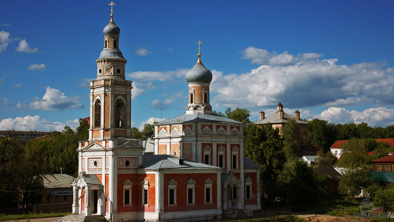 Крестовоздвиженская церковь в Серпухове