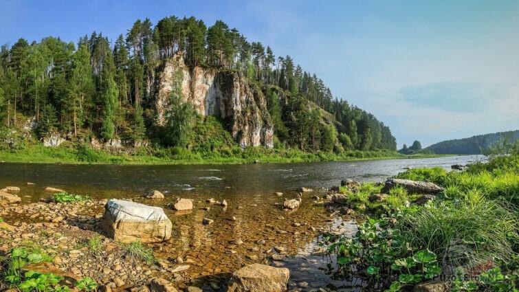 Геоморфологический и ботанический памятник природы Свердловской области