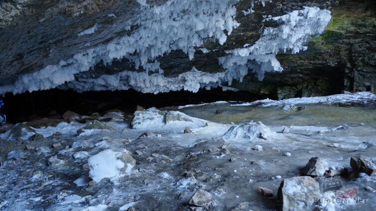 Ледяная пещера Хээтэй