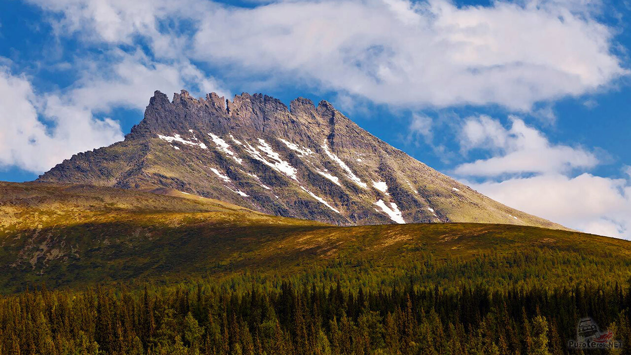 Царица Уральских гор — Манарага