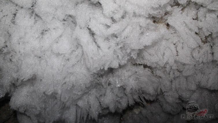 Застывшая красота пещеры Хээтэй
