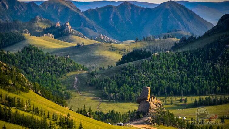 Горная природа Монголии