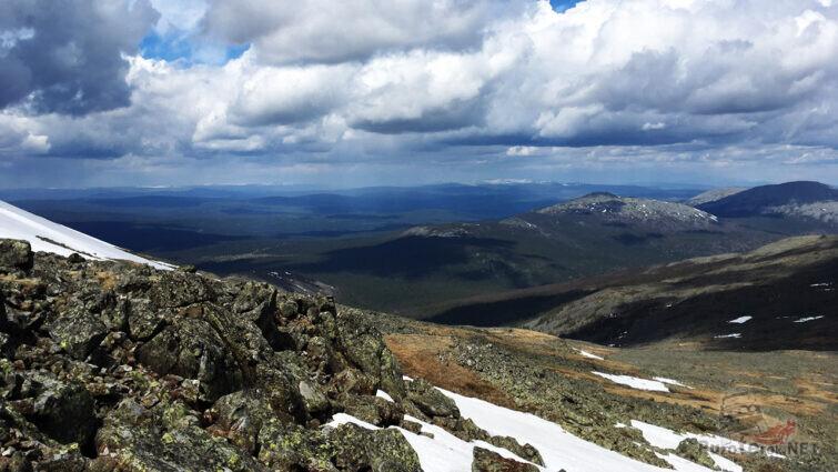 Каменистый склон горы