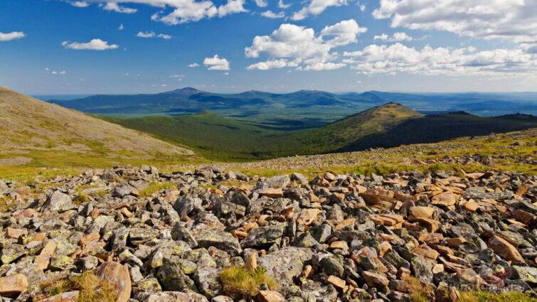 Панорама Уральских гор в Свердловской области