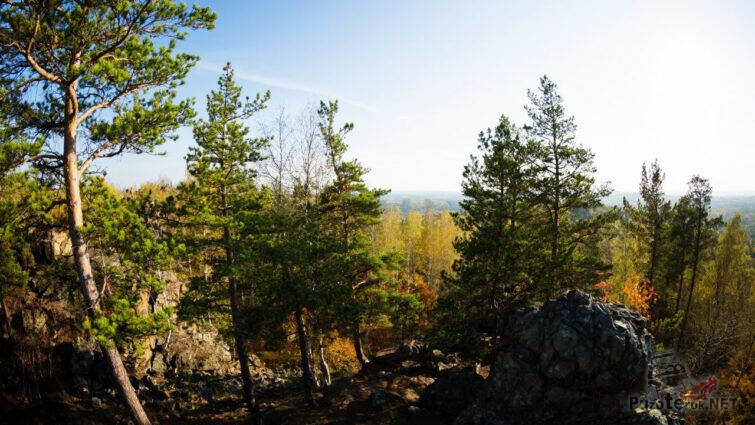 Солнечный день на вершине Азов-горы