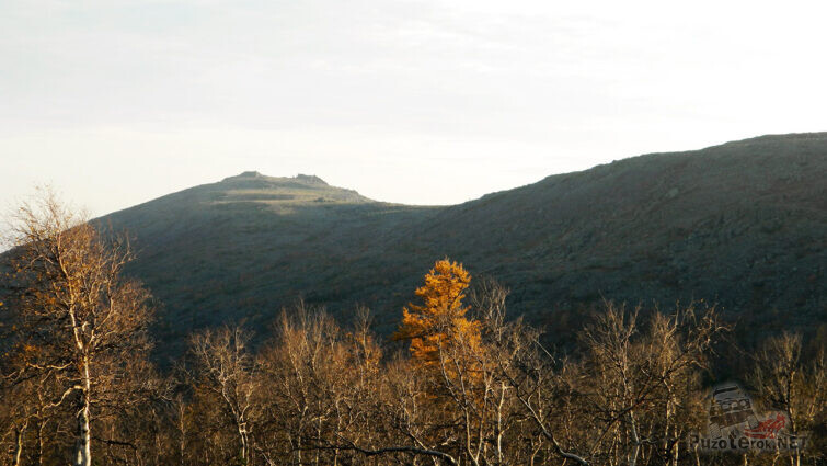 Вершина Гвардеец осенью