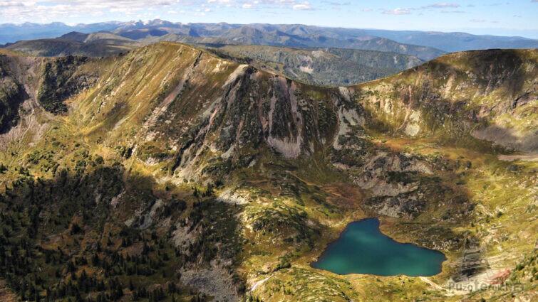 Вид на озеро Хара-Нур
