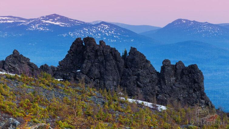 Закат над скалами высокогорной тундры