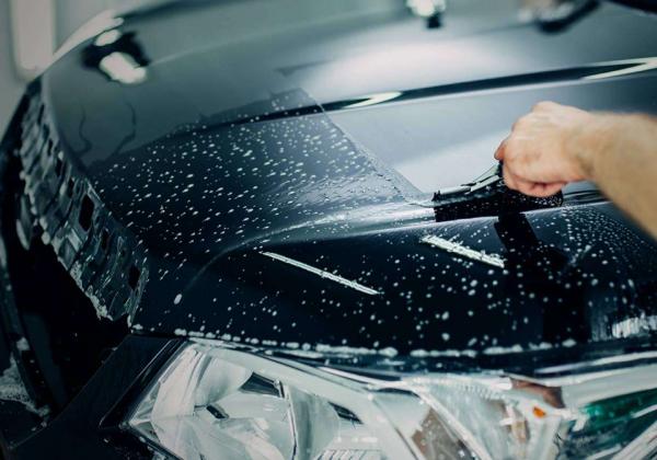 Защита кузова автомобиля специальной полиуретановой пленкой